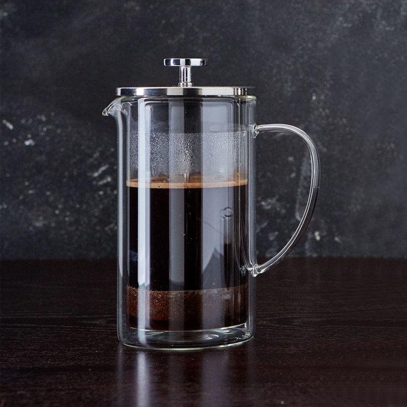 faire dans la cafeti re piston en verre un caf parfait. Black Bedroom Furniture Sets. Home Design Ideas