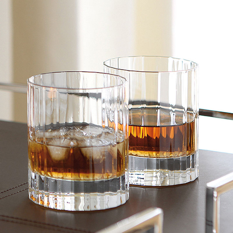 lot de 6 verres whisky ce service whisky classique soulignera l 39 l gance de votre bar. Black Bedroom Furniture Sets. Home Design Ideas