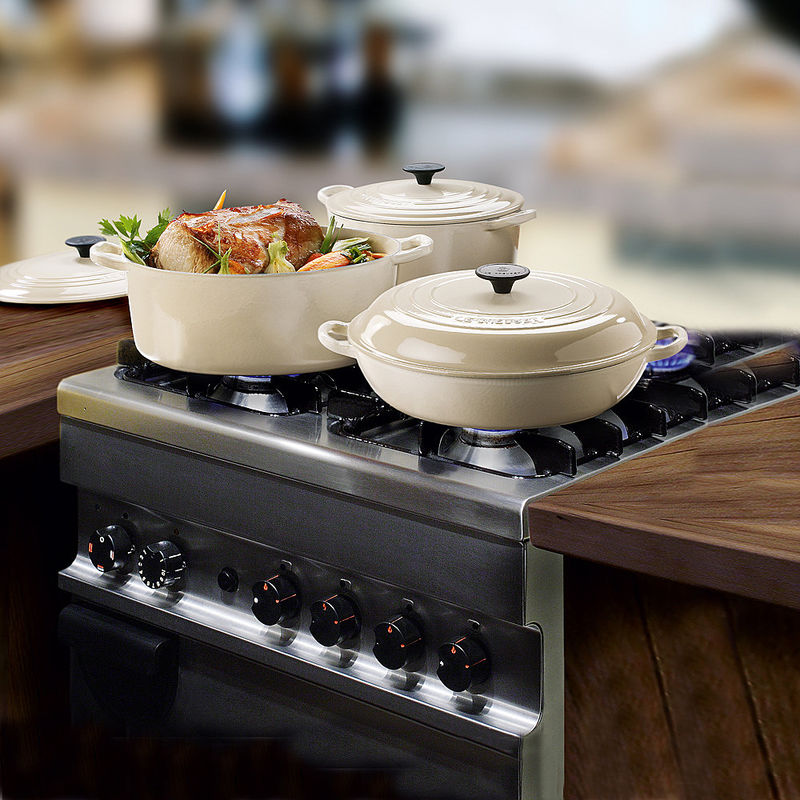 batterie de cuisine lot de 4 casseroles le creuset hagen grote gmbh. Black Bedroom Furniture Sets. Home Design Ideas