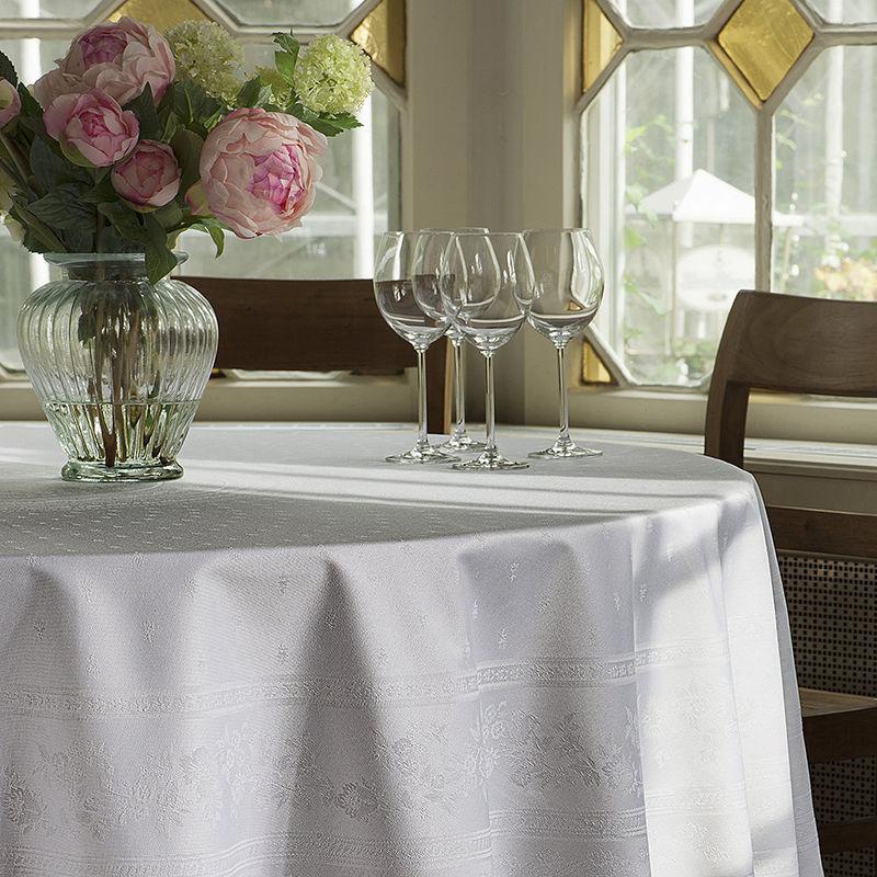 serviettes linge de table proven al avec protection antitaches tiss jacquard haut de gamme. Black Bedroom Furniture Sets. Home Design Ideas