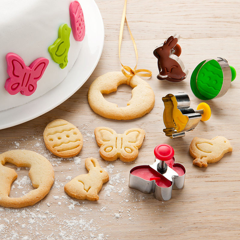 emporte pi ces pour biscuits surprenez vos proches avec des biscuits de p ques originaux. Black Bedroom Furniture Sets. Home Design Ideas
