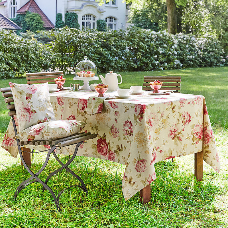 nappe linge de table anglais au motif de roses hagen. Black Bedroom Furniture Sets. Home Design Ideas