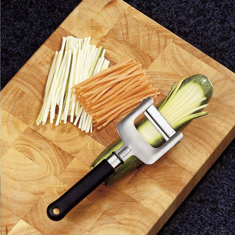 Indispensable le couteau julienne pour une cuisine raffin e hagen grote gmbh - Appareil julienne legumes moulinex ...