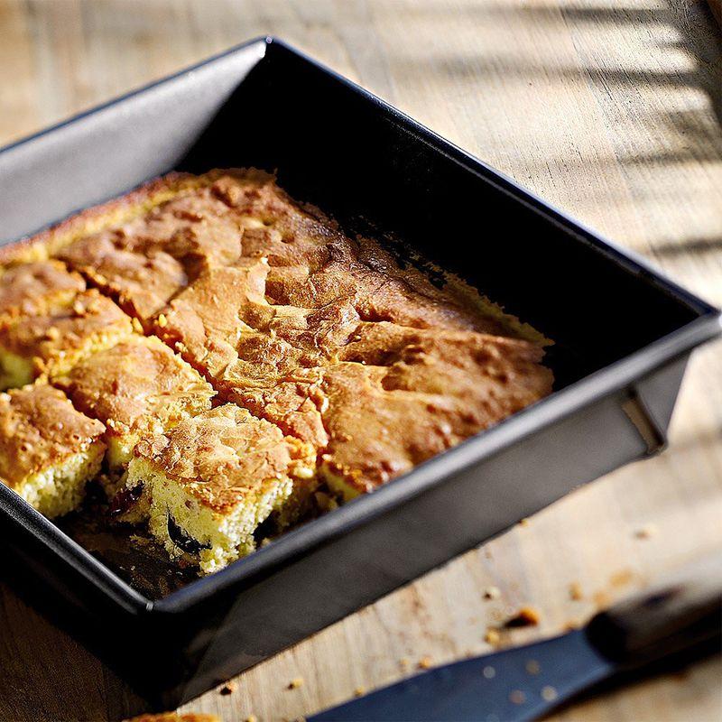 moule cake carr kitchenaid consid r s comme les meilleurs moules en aluminium au coeur d. Black Bedroom Furniture Sets. Home Design Ideas