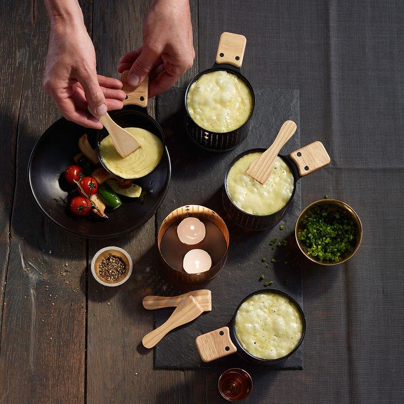 raclettes fromage bougies originales pour peu de personnes ou pour une grande tabl e. Black Bedroom Furniture Sets. Home Design Ideas