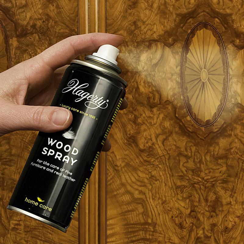 pr servez vos bois et cuirs comme ceux de buckingham palace hagen grote gmbh. Black Bedroom Furniture Sets. Home Design Ideas