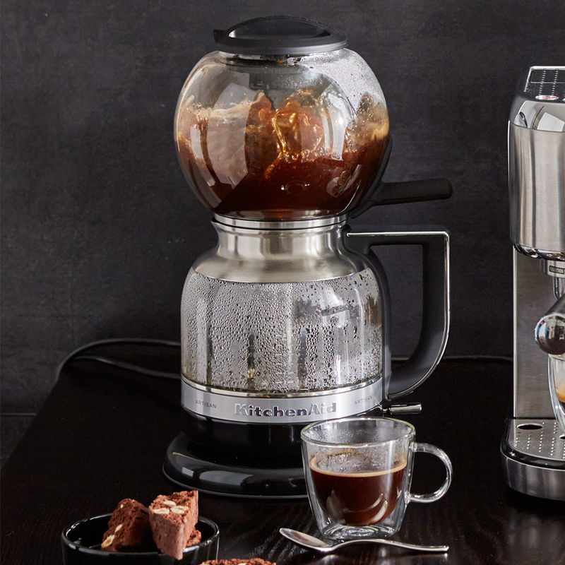 Cafeti re d pression kitchenaid le plaisir du caf dans une qualit baris - Cafetiere moud le cafe ...