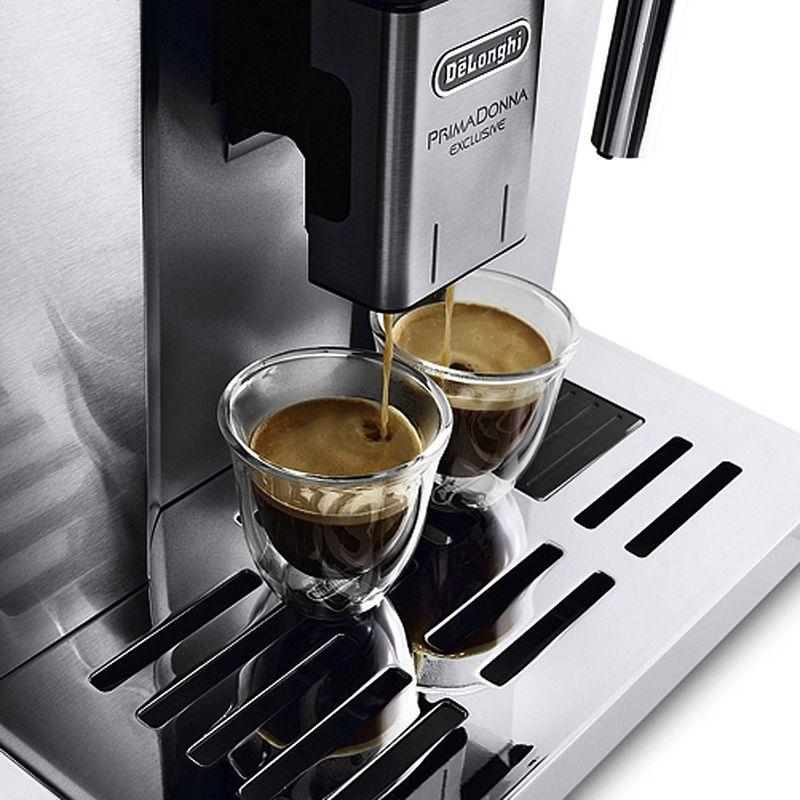 latte macchiato ou chocolat chaud machine pour de d licieuses sp cialit s de caf hagen. Black Bedroom Furniture Sets. Home Design Ideas