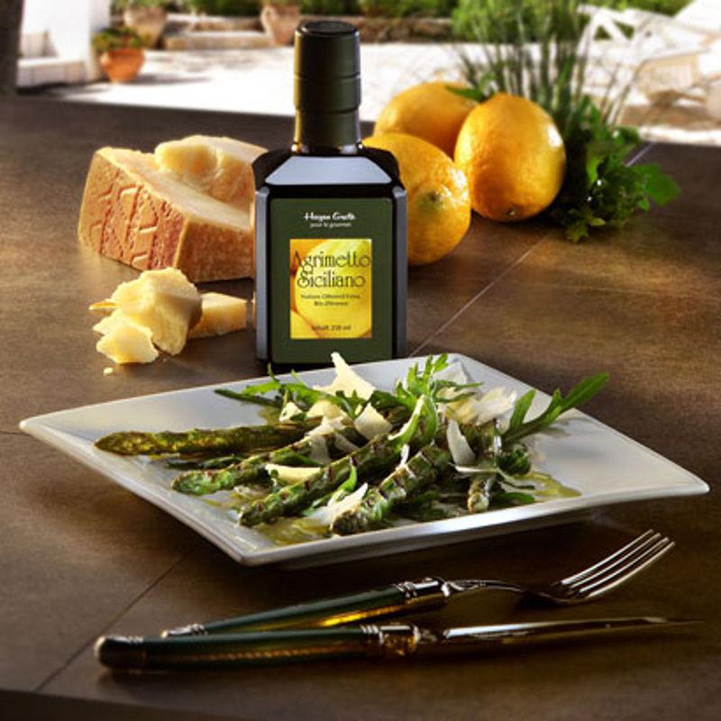 Asperges l 39 agrimetto parsem es de parmesan sur un lit de - Autrefois utile pour faire chauffer un lit ...